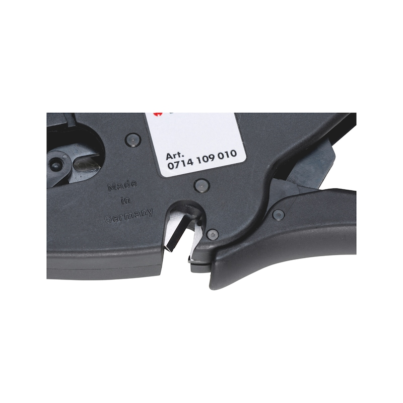 Automatic self-adjusting wire stripping pliers - 3