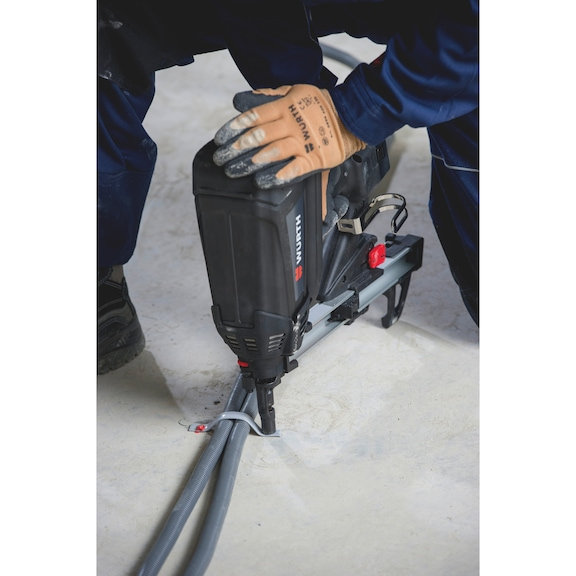 High-performance gas-powered nail gun DIGA<SUP>®</SUP> CS-2 POWER - PINDRIV-(DIGA CS2)-GAS-POWER