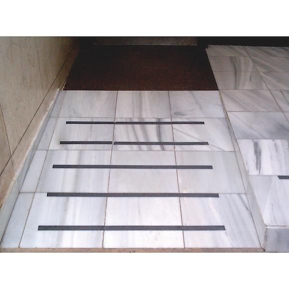 Kaymaz yapışkan bant, PVC - KAYMAZ BANT 50MMX18M SİYAH