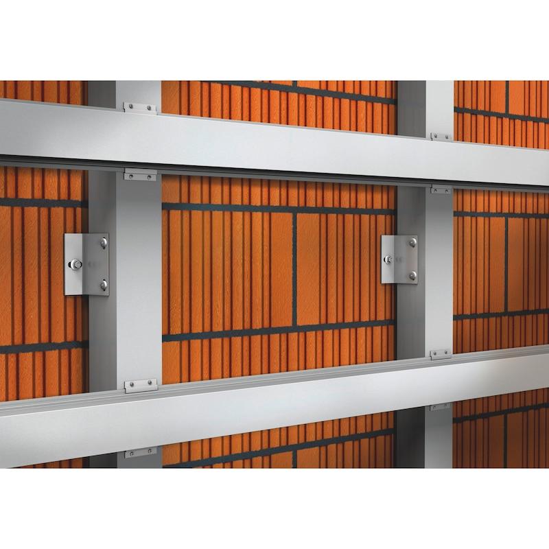 Tassello per serramenti in materiale plastico W-UR 8 - 2