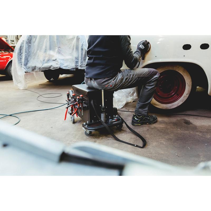 Caisse à outils avec siège sur roulettes - 11
