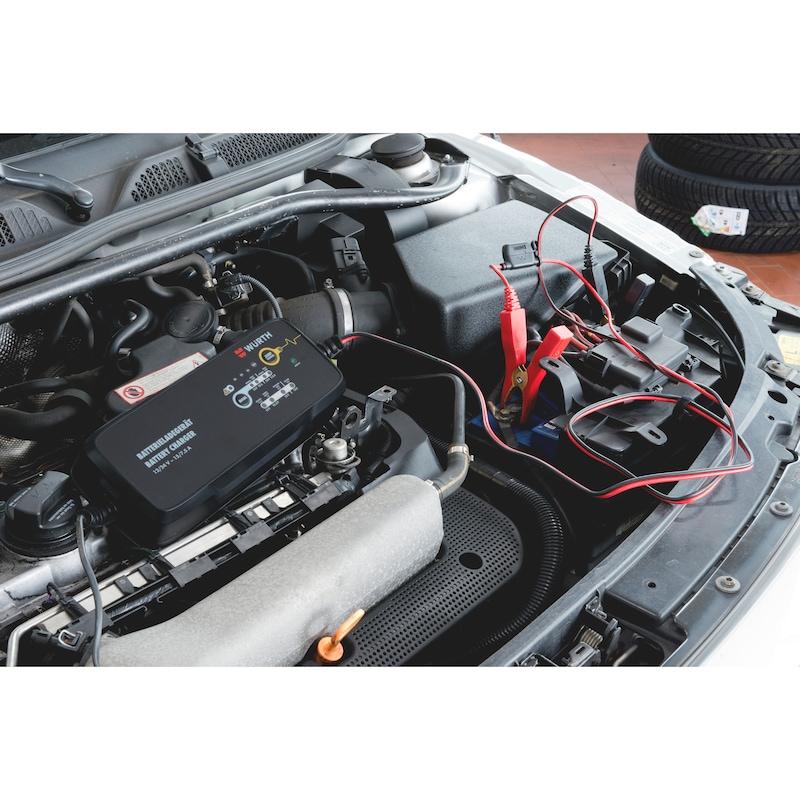 Batterieladegerät 12/24 V 15 A Lithium/Blei 25-400 Ah - LADEGER-BATT-KFZ-12/24V-15/7,5A-25-400AH
