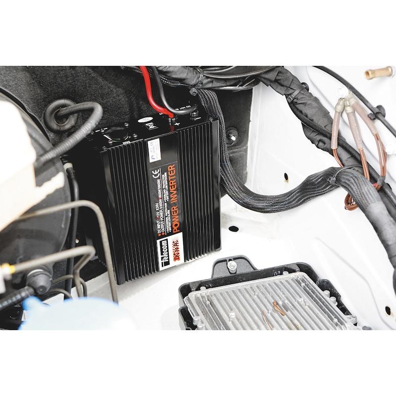 Convertisseurs de tension 12-24V/220V - 5