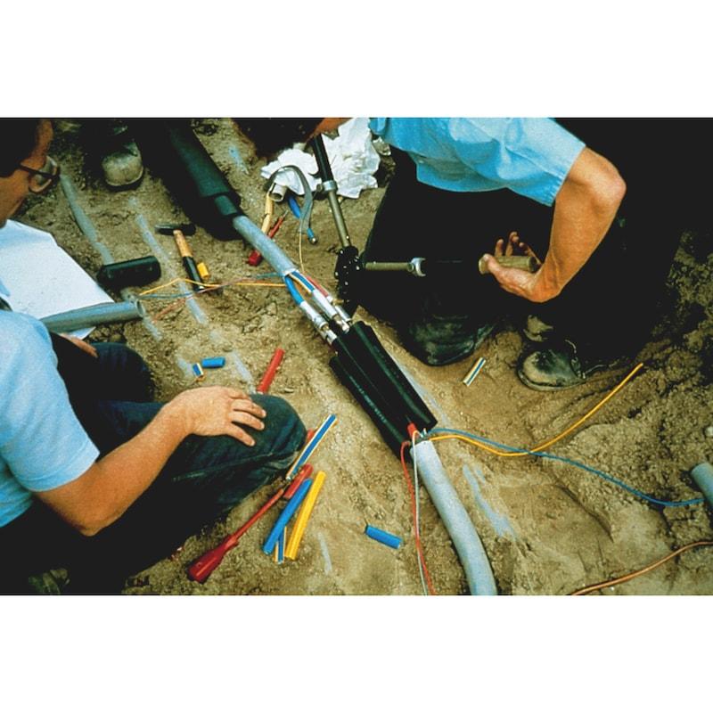 Wärmeschrumpfende Verbindungsgarnitur 0,6/1 kV - VERBMUF-WSHRMPF-SHRBVERB-(5X10-35)