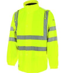 Blouson de couleur jaune contre la pluie pour construction de routes