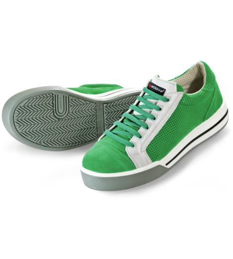 Scarpa antifortunistica giovanile verde