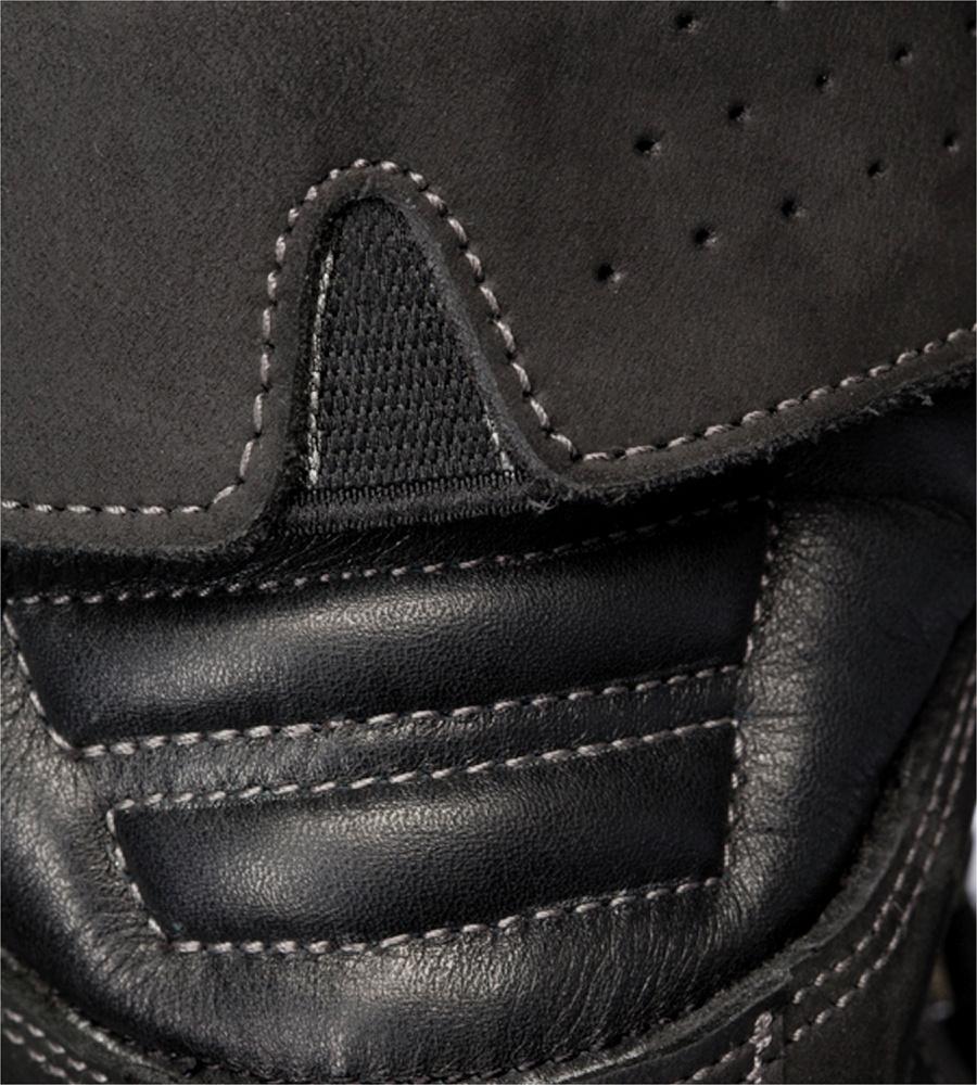 efef509cdbf Photo de Chaussures de sécurité Timberland Pro Trapper S3 CI SRC noires ...
