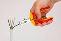 VDE kábelcsupaszító fogó 2K nyél, IEC 60900 - SZIGETELÉS ELTÁVOLÍTÓ FOGÓ VDE - 0