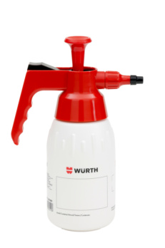 Pump spray bottle