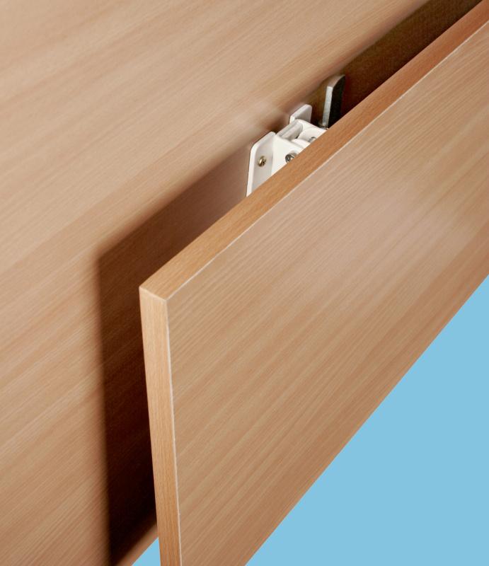 Supporto per tavoli pieghevoli portata 150 kg - Tavoli ribaltabili a parete ...