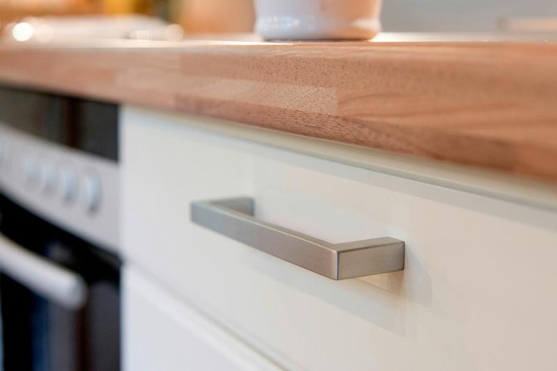 Maniglia per mobili di design inox arco rettang for Outlet di mobili di design pittsburgh