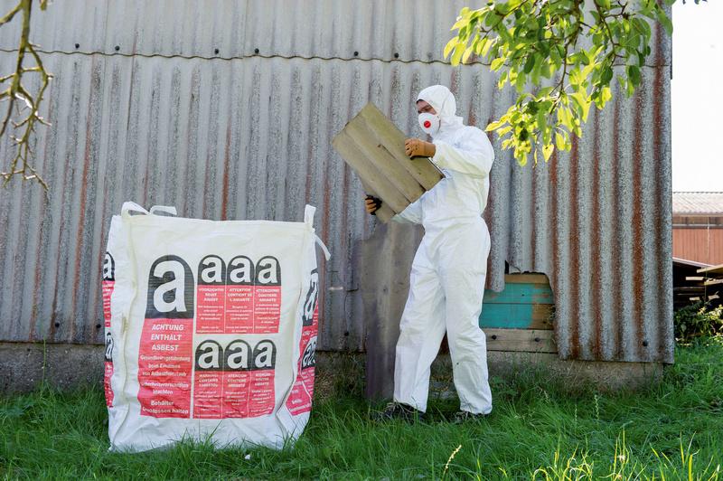 big bag asbest w rth. Black Bedroom Furniture Sets. Home Design Ideas