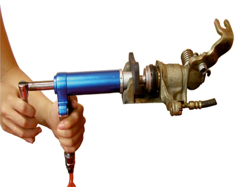Brake Spindle Tool : Pneumatic spindle for brake piston resetting tool