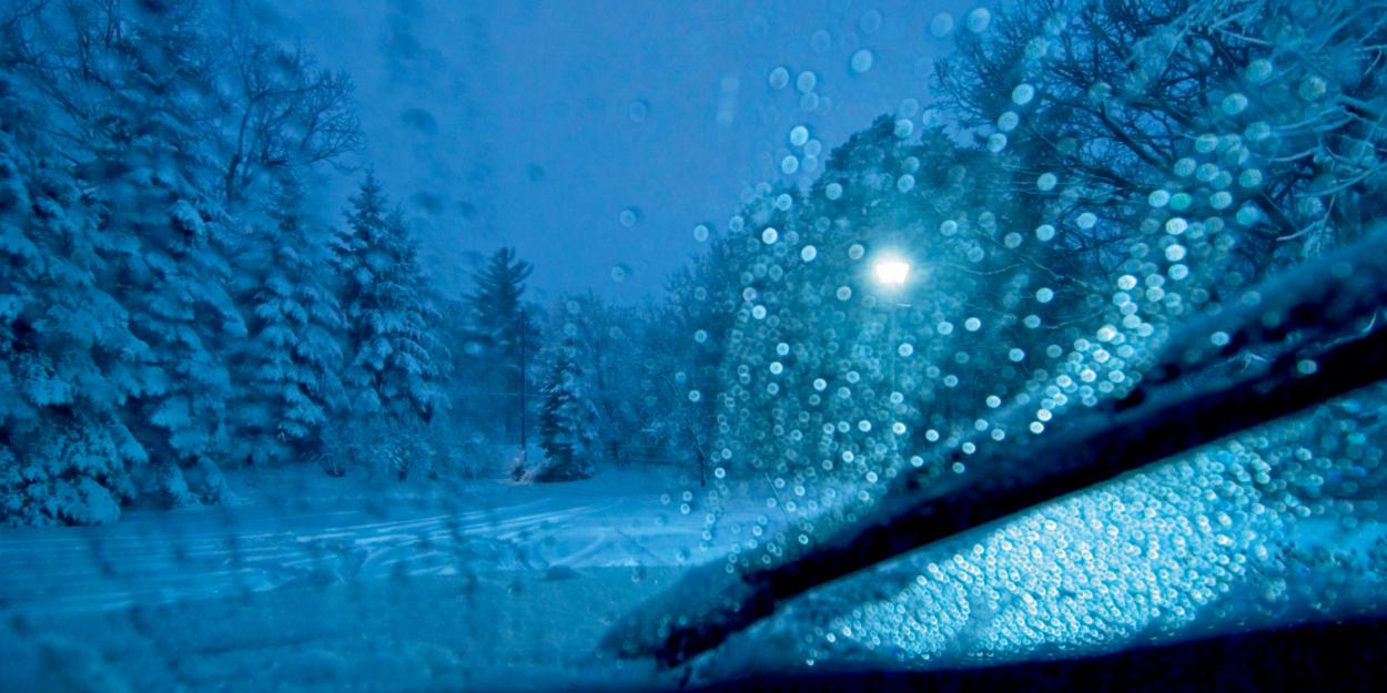 Titelbild Tipps für sicheres Fahren bei Schnee, Eis und Kälte