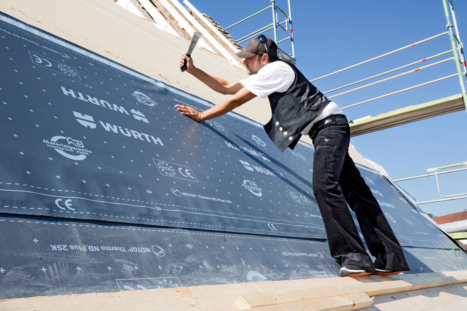Titelbild Kunden-Hitliste: Die Top 10 Produkte für den Dach- und Holzbau