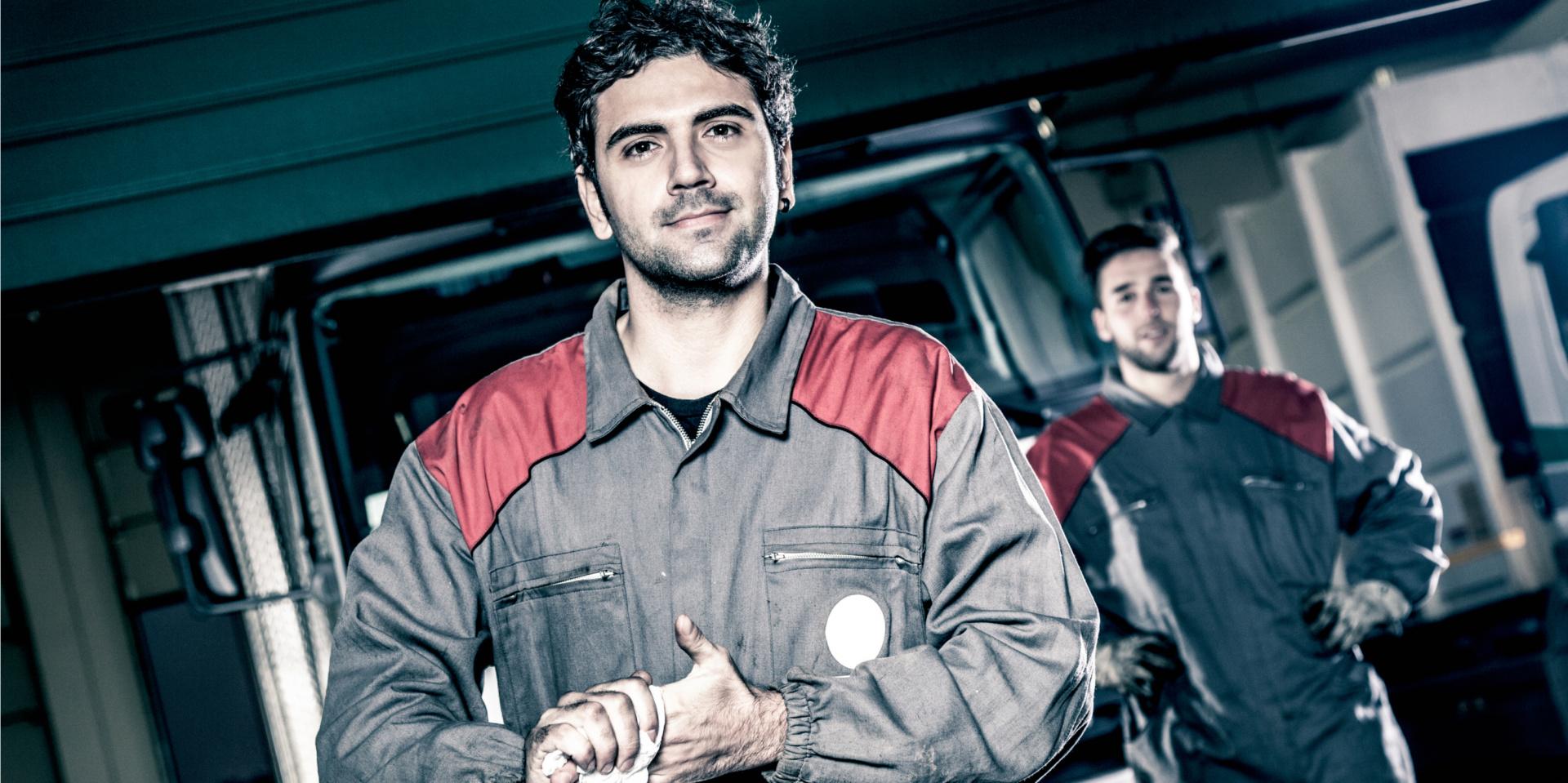 Titelbild Elektrikerinnen und Elektriker – Fachkräfte für Elektromobilität