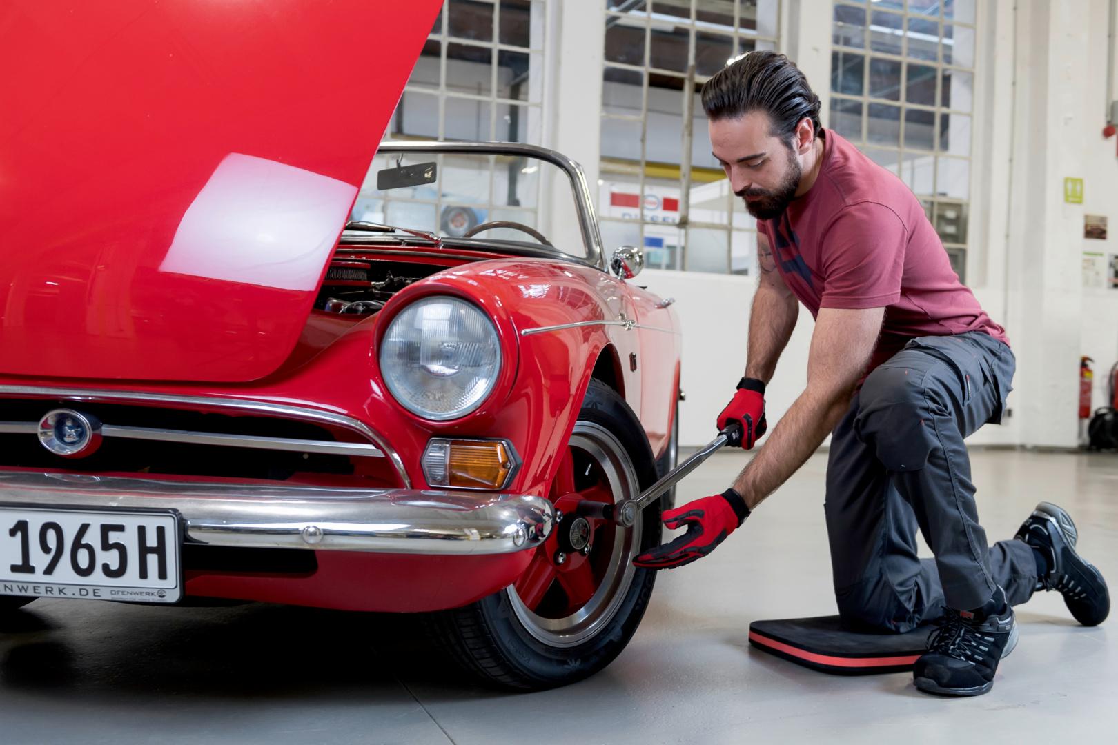 Titelbild Von Lötzinn bis Hohlraumwachs: Ihre Top 10 Produkte im Auto-Spezialbetrieb
