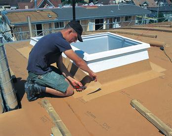 Dachunterspannbahnen verlegen