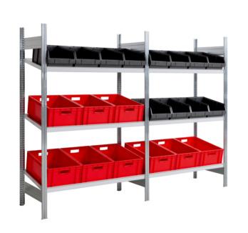 Schrägboden-Steckregal mit 3 Stahlfachböden für die optimale Lagerung von Sichtlagerkästen und Euronorm-Behältern