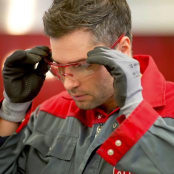 3 Dinge, die Sie beim Kauf Ihrer nächsten Schutzbrille unbedingt beachten sollten