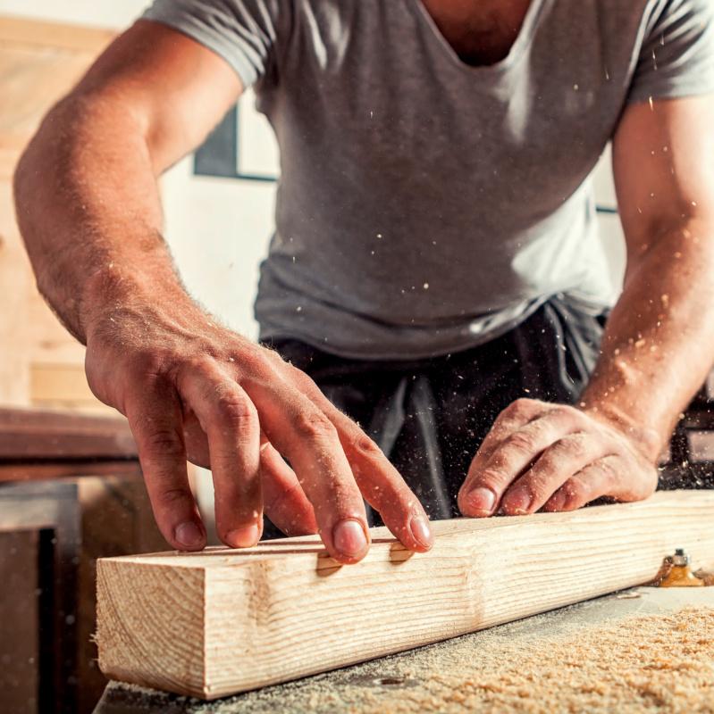 Magazin Teaser Gesundheitsrisiko Holzstaub: So schützen Tischler und Schreiner ihre Mitarbeiter
