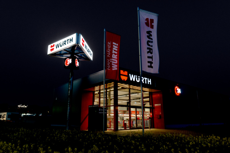 Magazin Teaser Einkaufen rund um die Uhr: Würth Kunden sind voll überzeugt