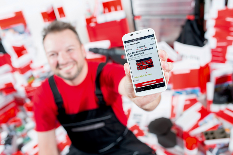 Smartphone in Würth App