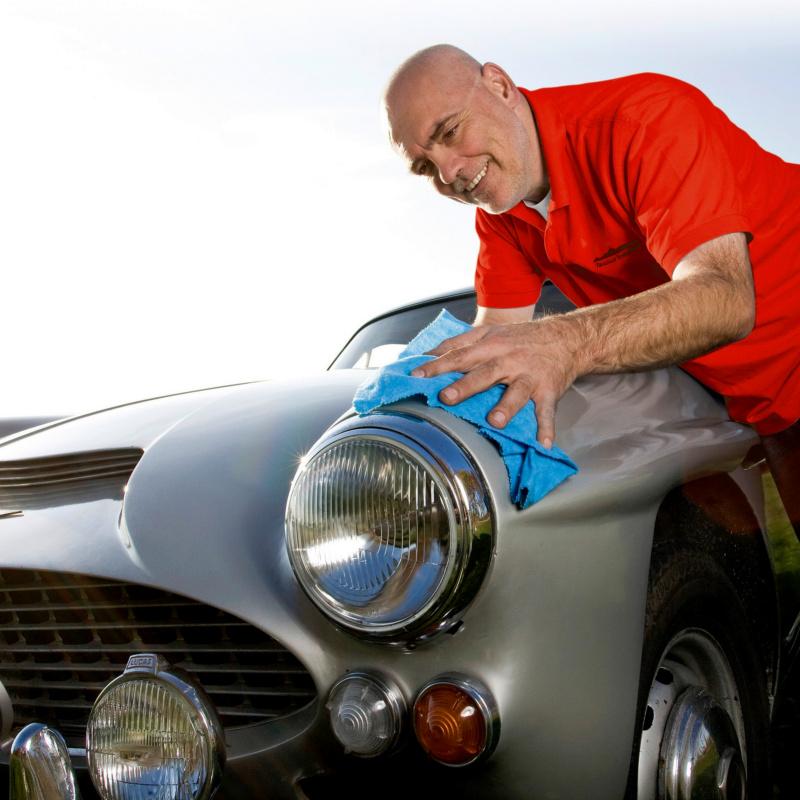 Magazin Teaser Von Scheibenkleber bis Kältemittel: Die Top 10 Produkte für Autohändler