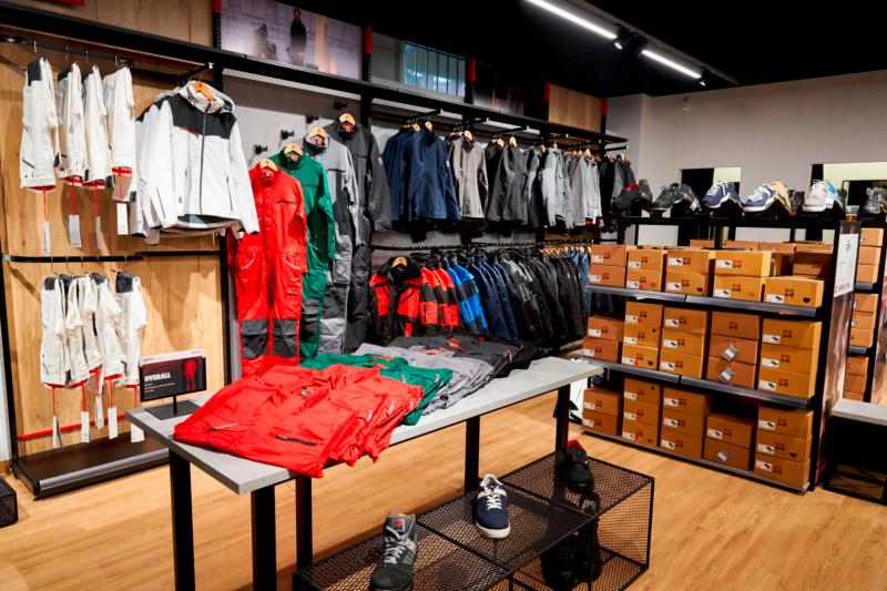 Große Auswahl an Arbeitskleidung