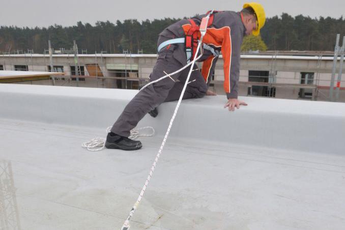 Absturzsicherung auf dem Flachdach