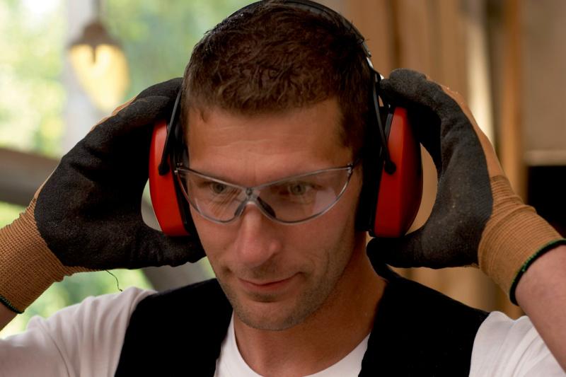 Die leichte Schutzbrille LIBRA